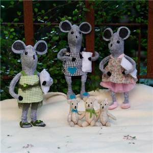 PRESENTOIR KITS COUTURE MOUSE SISTERS COLLECTION - 12 ASSORTIS